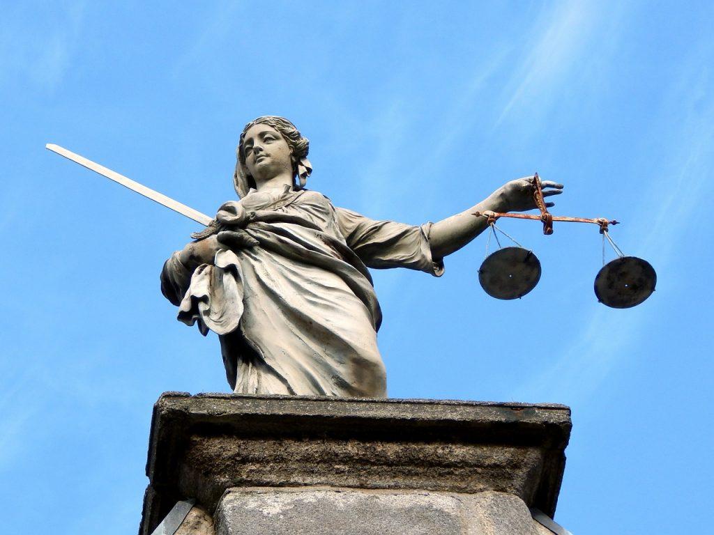 justice, statue, dublin-626461.jpg